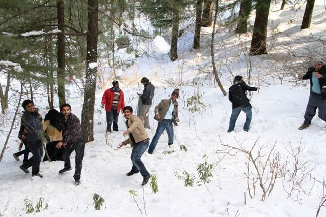 Trip-To-Murree-06-December-2014