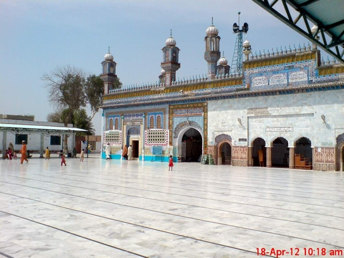 Beautiful-View-Of-Darbar-Hazrat-Sultan-Bahoo