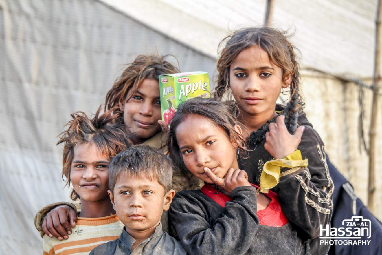 A Group Of Poor Children In Jhuggi Camp – A Visit To Jhugi Basti Near Railway Line Pir Mahal